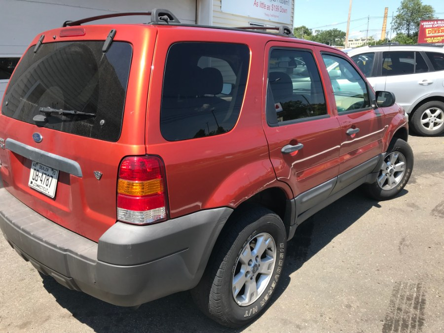 2007 Ford Escape 4WD 4dr V6 Auto XLT, available for sale in Wallingford, Connecticut | Wallingford Auto Center LLC. Wallingford, Connecticut