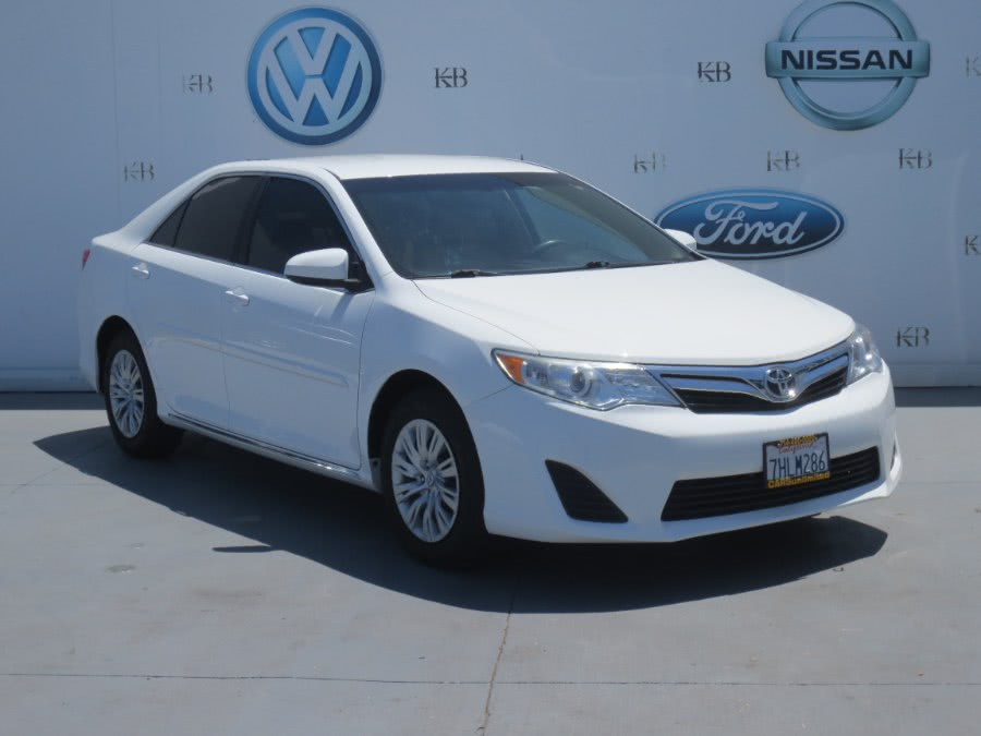 Used 2014 Toyota Camry in Santa Ana, California | Auto Max Of Santa Ana. Santa Ana, California
