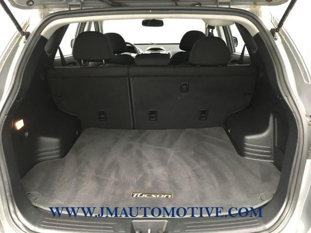 2010 Hyundai Tucson FWD 4dr I4 Auto GLS PZEV, available for sale in Naugatuck, Connecticut | J&M Automotive Sls&Svc LLC. Naugatuck, Connecticut