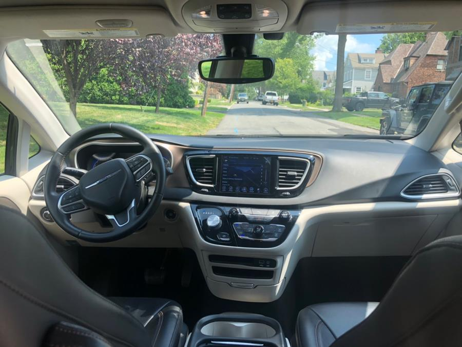 2017 Chrysler Pacifica Touring-L 4dr Wgn, available for sale in Bronx, New York | TNT Auto Sales USA inc. Bronx, New York