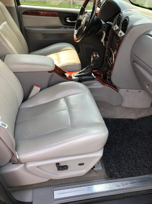 2007 GMC Envoy 4WD 4dr Denali, available for sale in Suffield, Connecticut | Suffield Auto Sales. Suffield, Connecticut