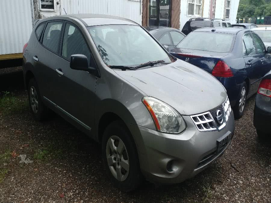 Used Nissan Rogue FWD 4dr S 2011 | Matts Auto Mall LLC. Chicopee, Massachusetts