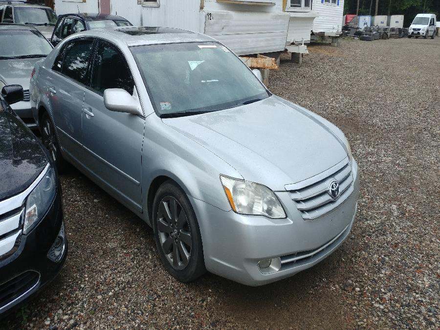 Used Toyota Avalon 4dr Sdn Touring 2007 | Matts Auto Mall LLC. Chicopee, Massachusetts