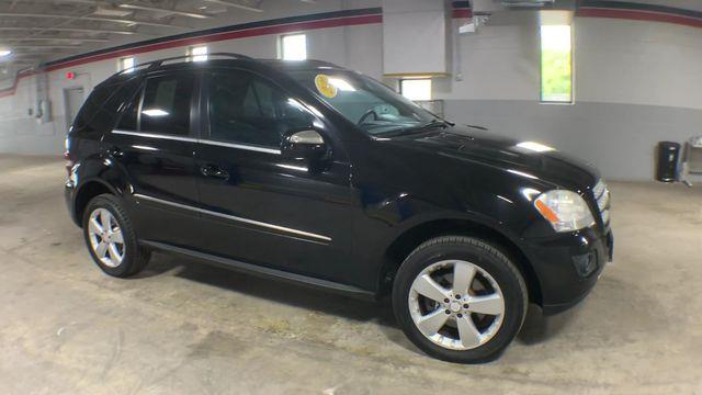 Used Mercedes-Benz M-Class 4MATIC 4dr ML 350 2010 | Wiz Leasing Inc. Stratford, Connecticut