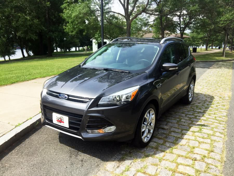 Used 2016 Ford Escape in Chelsea, Massachusetts | New Star Motors. Chelsea, Massachusetts