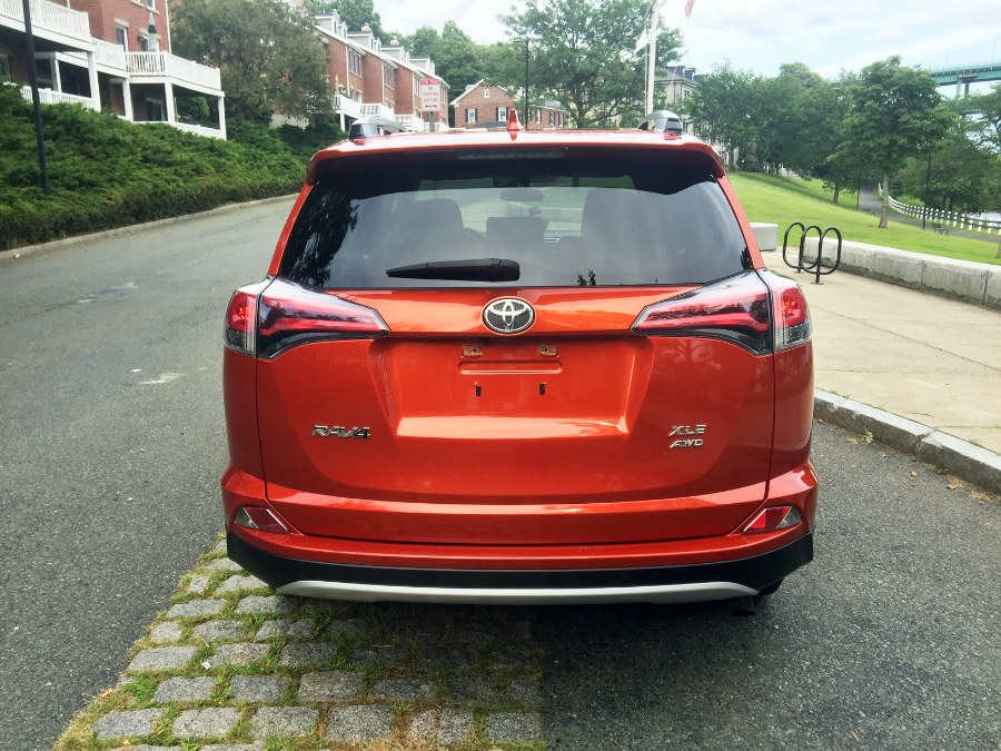 2016 Toyota RAV4 AWD 4dr XLE (Natl), available for sale in Chelsea, Massachusetts | New Star Motors. Chelsea, Massachusetts