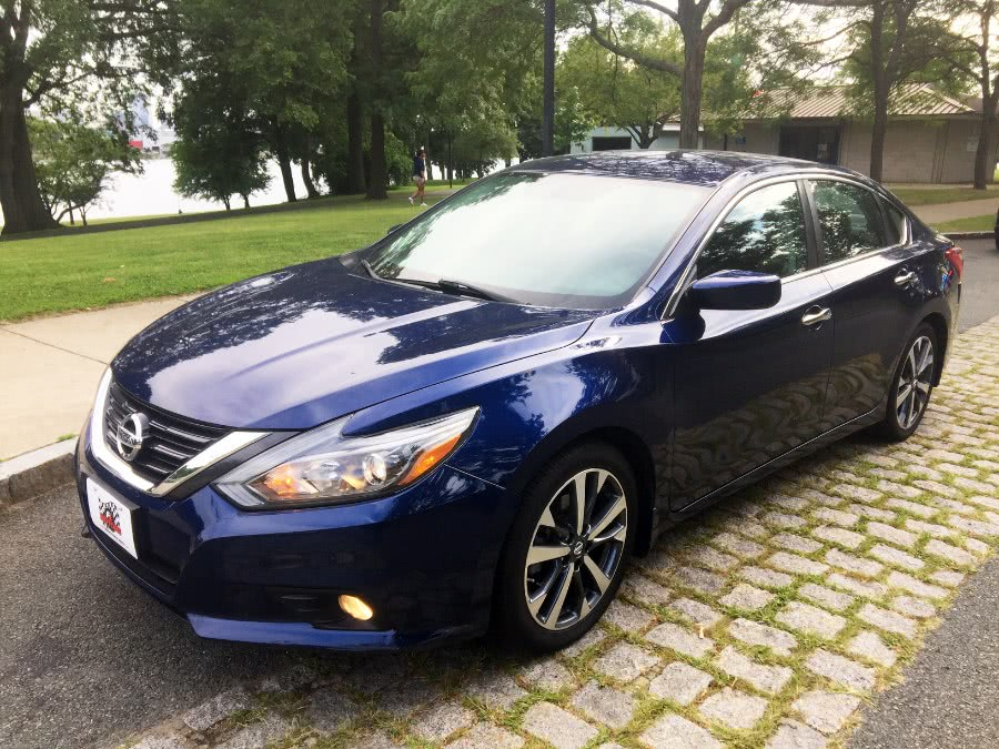 Used 2016 Nissan Altima in Chelsea, Massachusetts | New Star Motors. Chelsea, Massachusetts