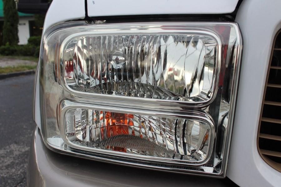 2004 Ford Excursion Eddie Bauer Edition 4dr Suv Auto, available for sale in Orlando, Florida | Mint Auto Sales. Orlando, Florida