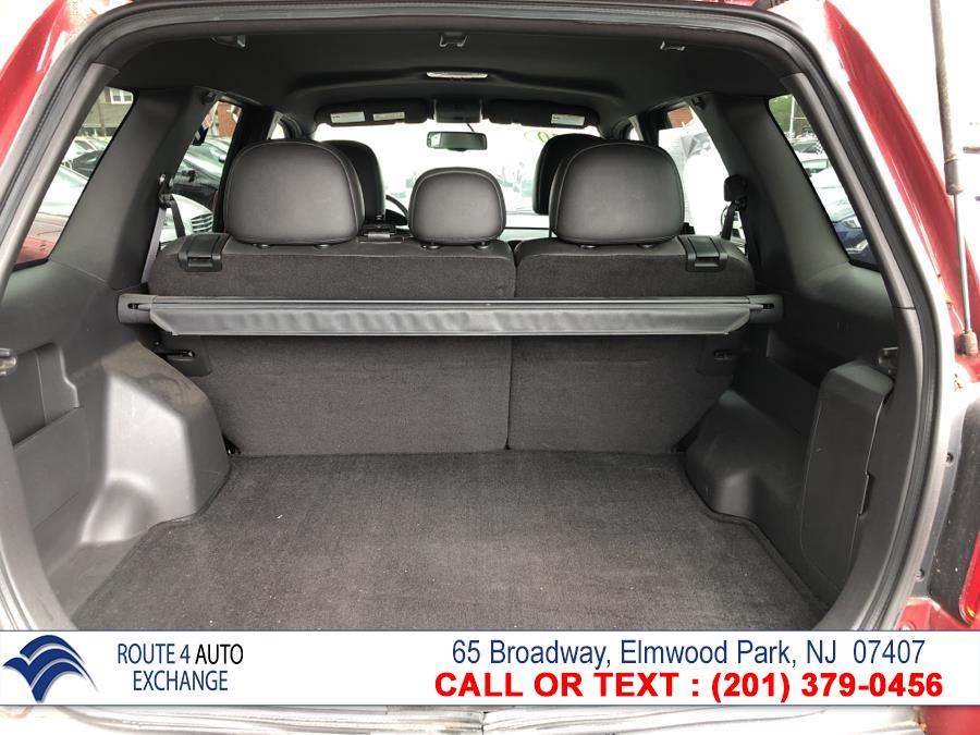 Used Ford Escape 4WD 4dr Limited 2010 | Route 4 Auto Exchange. Elmwood Park, New Jersey