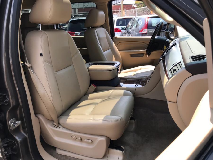 2013 Cadillac Escalade AWD 4dr Luxury, available for sale in Jamaica, New York | Sunrise Autoland. Jamaica, New York