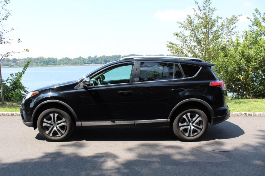 2016 Toyota RAV4 AWD 4dr LE, available for sale in Great Neck, NY