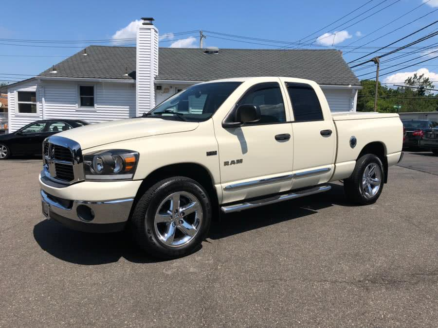 Used 2008 Dodge Ram 1500 in Milford, Connecticut | Chip's Auto Sales Inc. Milford, Connecticut