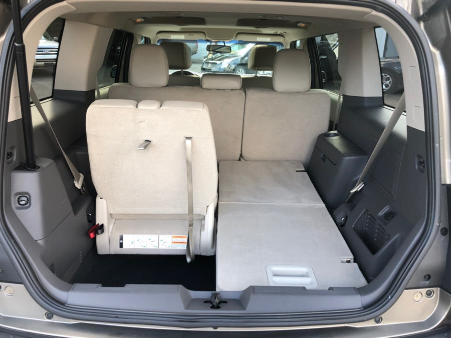 2012 Ford Flex 4dr SEL AWD, available for sale in Milford, Connecticut | Chip's Auto Sales Inc. Milford, Connecticut