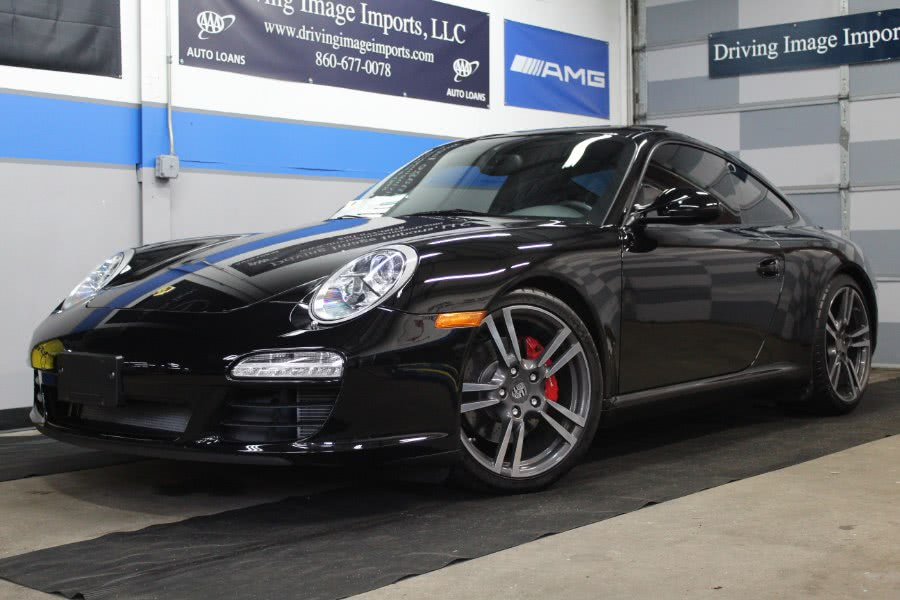 Used 2011 Porsche 911 in Farmington, Connecticut | Driving Image Imports LLC. Farmington, Connecticut