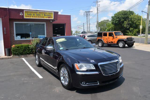 Used Chrysler 300 Limited RWD 2012 | Boulevard Motors LLC. New Haven, Connecticut