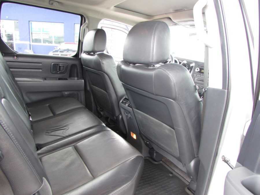 2006 Honda Ridgeline RTL AT with MOONROOF & NAVI, available for sale in Orlando, Florida | VIP Auto Enterprise, Inc. Orlando, Florida