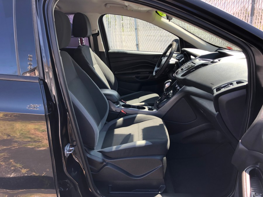 2014 Ford Escape 4dr S, available for sale in Bayshore, New York | Carmatch NY. Bayshore, New York