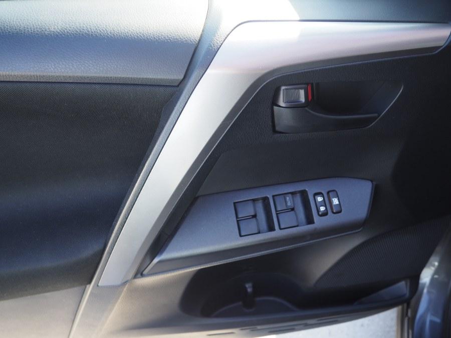 2017 Toyota RAV4 LE AWD (Natl), available for sale in Jamaica, New York | Hillside Auto Mall Inc.. Jamaica, New York