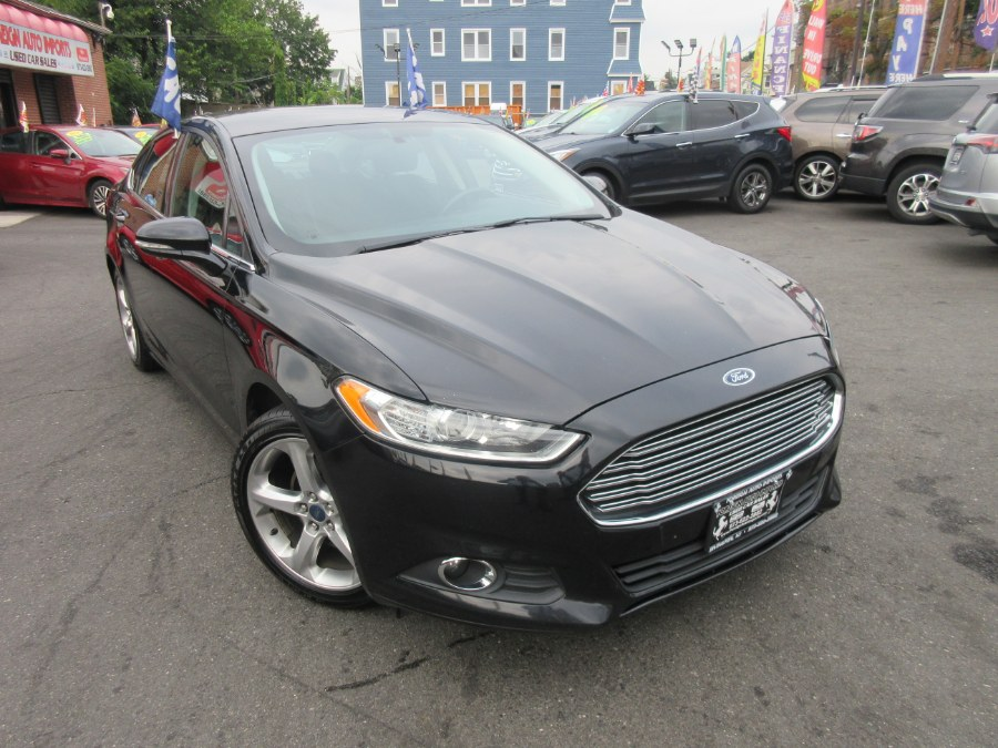 2016 Ford Fusion 4dr Sdn SE FWD, available for sale in Irvington, New Jersey | Foreign Auto Imports. Irvington, New Jersey
