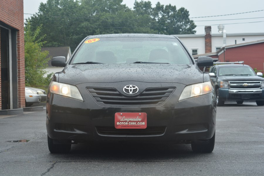 2009 Toyota Camry 4dr Sdn I4 Auto LE (Natl), available for sale in ENFIELD, Connecticut | Longmeadow Motor Cars. ENFIELD, Connecticut
