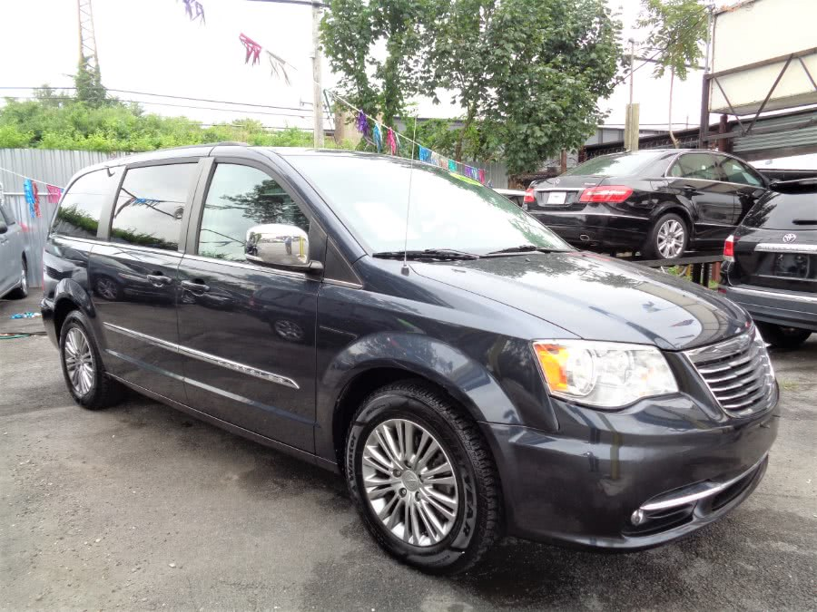 Used Chrysler Town & Country 4dr Wgn Touring-L 2014 | Sunrise Auto Sales. Rosedale, New York