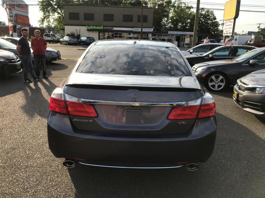 2015 Honda Accord Sedan 4dr V6 Auto EX-L w/Navi, available for sale in West Hartford, Connecticut | Auto Store. West Hartford, Connecticut