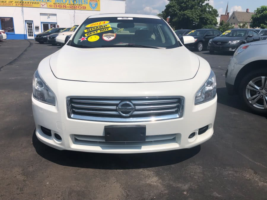 Used 2014 Nissan Maxima in Bridgeport, Connecticut | Affordable Motors Inc. Bridgeport, Connecticut