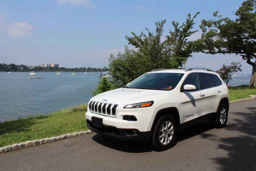 2016 Jeep Cherokee 4WD 4dr Latitude, available for sale in Great Neck, NY