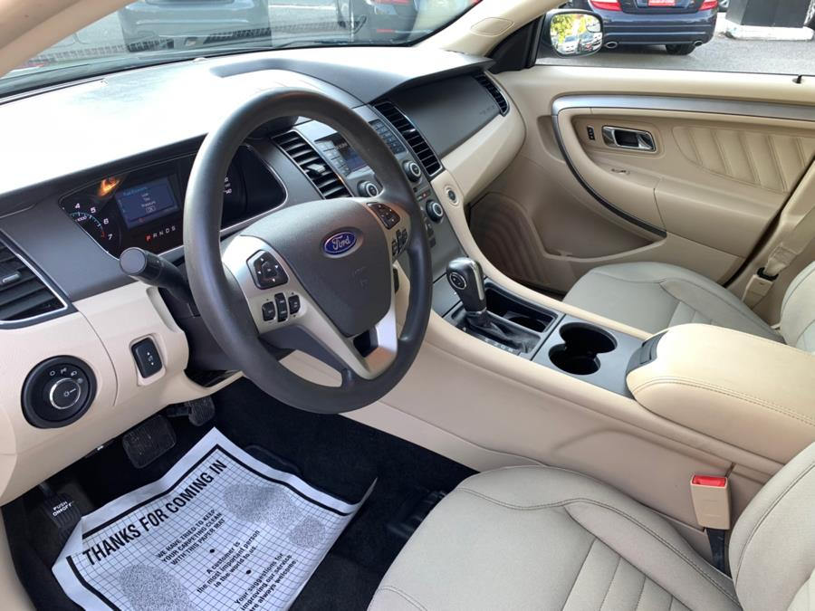 2013 Ford Taurus 4dr Sdn SE FWD, available for sale in Watertown, Connecticut | House of Cars. Watertown, Connecticut