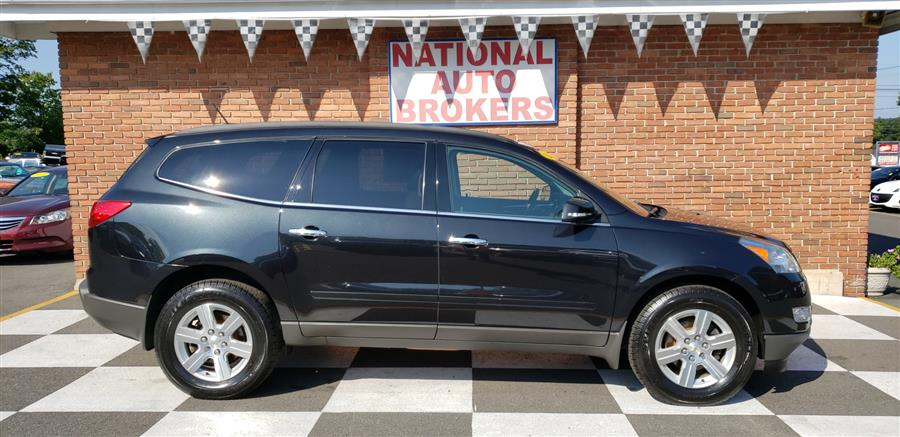 2011 Chevrolet Traverse AWD 4dr 2LT, available for sale in Waterbury, Connecticut   National Auto Brokers, Inc.. Waterbury, Connecticut