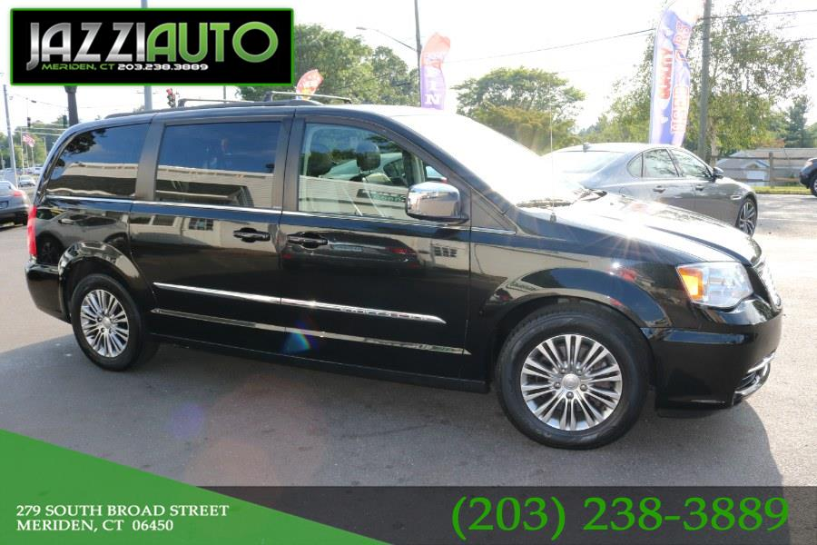 Used Chrysler Town & Country 4dr Wgn Touring-L 2013 | Jazzi Auto Sales LLC. Meriden, Connecticut