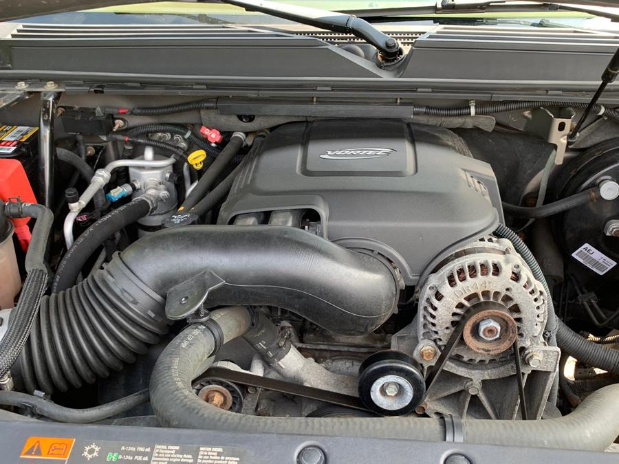 Used GMC Yukon 4WD 4dr 1500 SLE 2007 | Platinum Auto Care. Waterbury, Connecticut