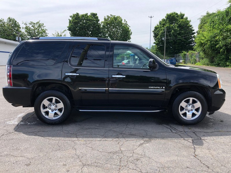 Used GMC Yukon Denali AWD 4dr 2007 | Union Street Auto Sales. West Springfield, Massachusetts