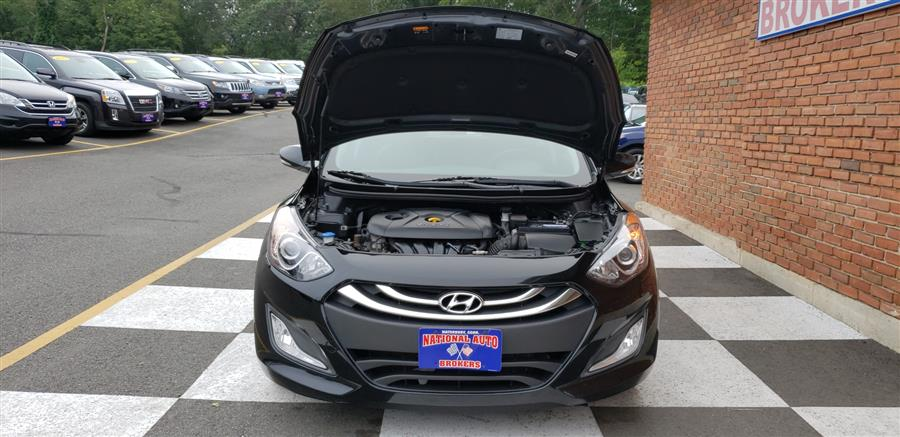Used Hyundai Elantra GT 5dr HB Manual 2014 | National Auto Brokers, Inc.. Waterbury, Connecticut