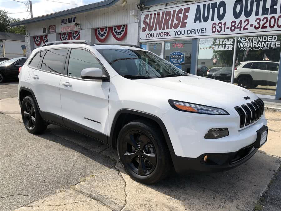 Used 2017 Jeep Cherokee in Amityville, New York | Sunrise Auto Outlet. Amityville, New York