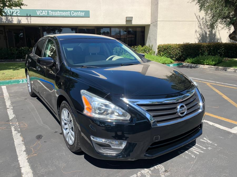 Used Nissan Altima 4dr Sdn I4 2.5 S 2014 | Carvin OC Inc. Lake Forest, California