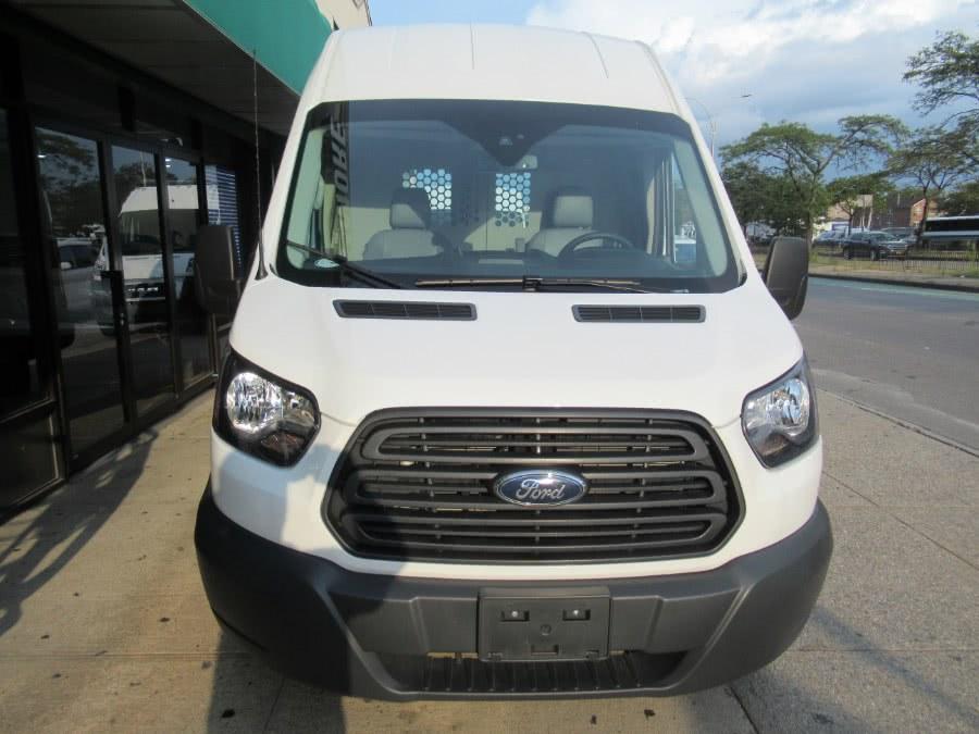 Used 2018 Ford Transit Van in Woodside, New York | Pepmore Auto Sales Inc.. Woodside, New York