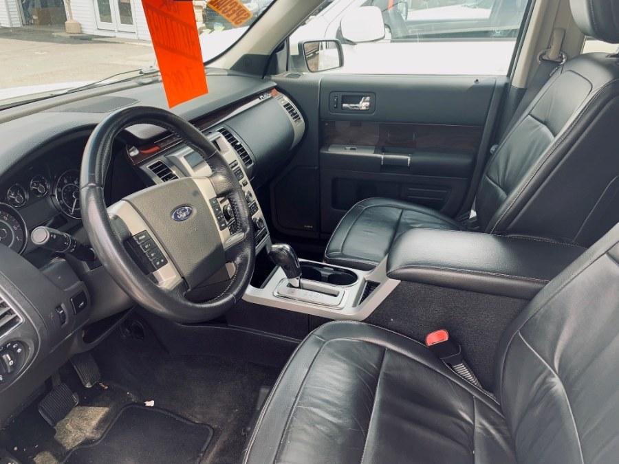 2009 Ford Flex 4dr SEL AWD, available for sale in Danbury, Connecticut | Car City of Danbury, LLC. Danbury, Connecticut