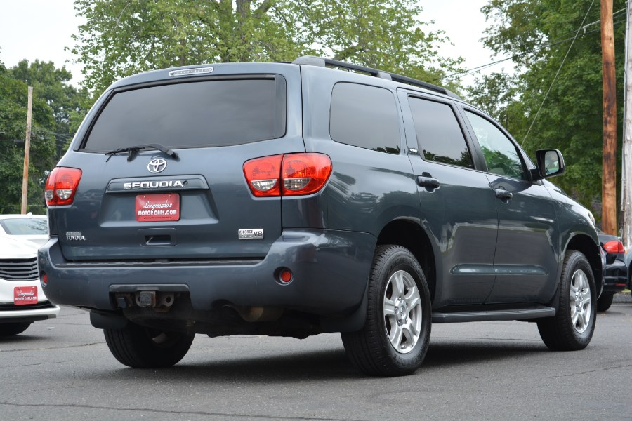 Used Toyota Sequoia 4WD 4dr LV8 6-Spd AT SR5 (Natl) 2008 | Longmeadow Motor Cars. ENFIELD, Connecticut