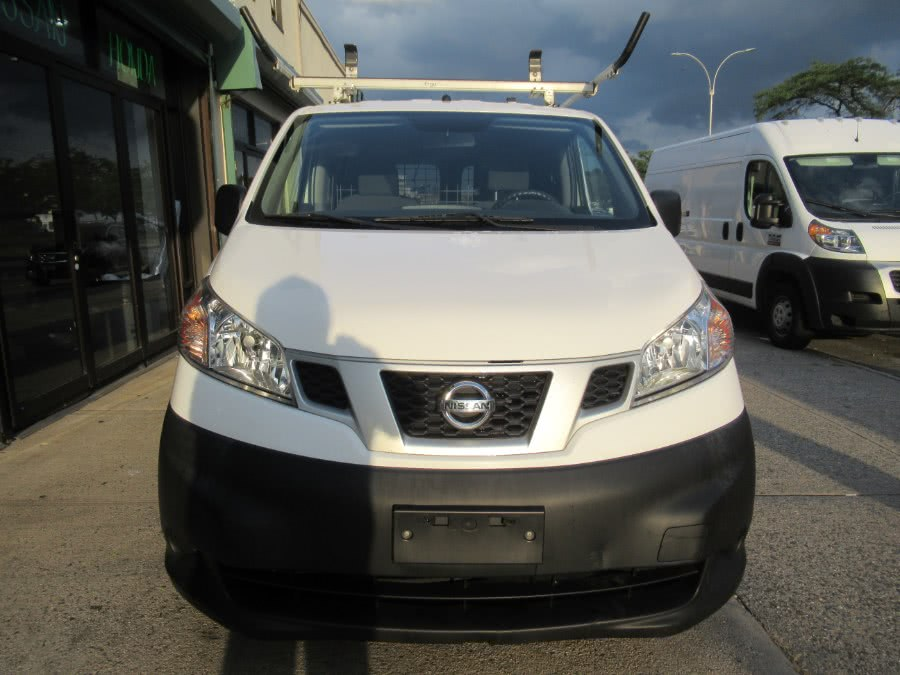 Used 2015 Nissan NV200 in Woodside, New York | Pepmore Auto Sales Inc.. Woodside, New York