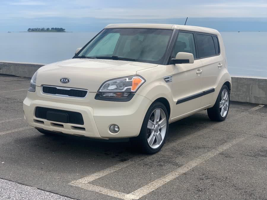 Used Kia Soul 5dr Wgn Auto ! 2011 | Village Auto Sales. Milford, Connecticut