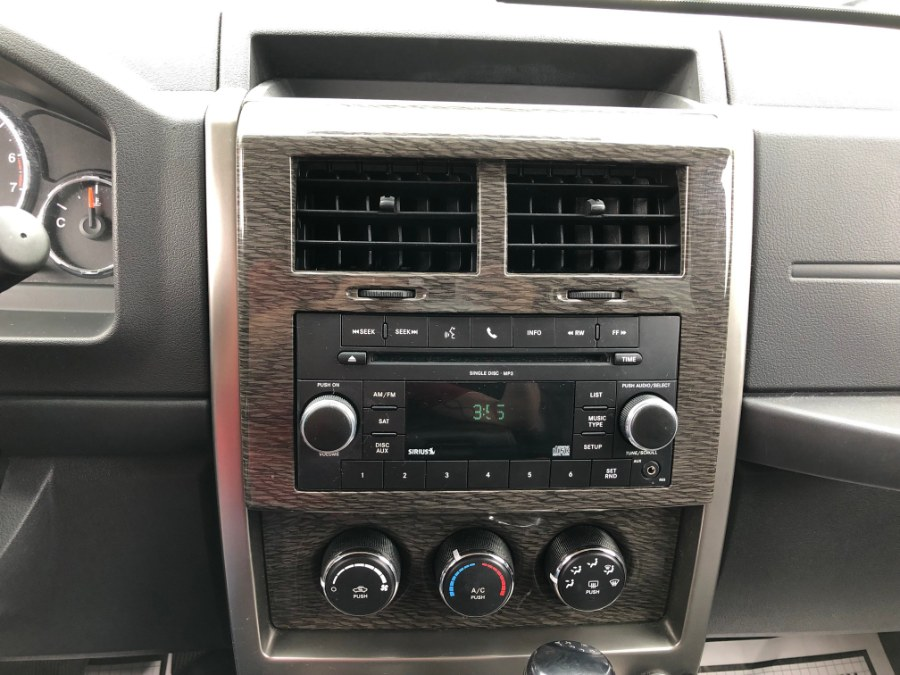 2011 Jeep Liberty 4WD 4dr Limited, available for sale in Bayshore, New York | Carmatch NY. Bayshore, New York