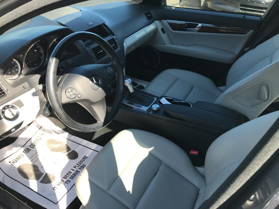 Used Mercedes-Benz C-Class 4dr Sdn C300 Sport 4MATIC 2011 | Best Auto Sales LLC. Manchester, Connecticut