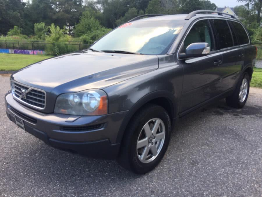 Used 2007 Volvo XC90 in Stratford, Connecticut | Mike's Motors LLC. Stratford, Connecticut