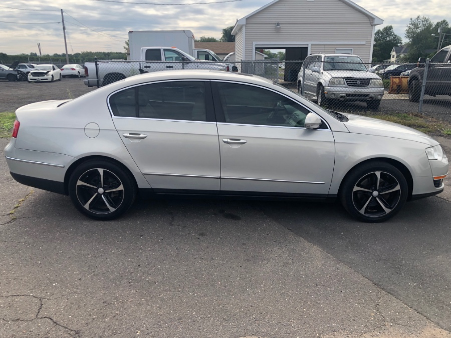 2010 Volkswagen Passat Sedan 4dr DSG Komfort FWD PZEV, available for sale in East Windsor, Connecticut | A1 Auto Sale LLC. East Windsor, Connecticut