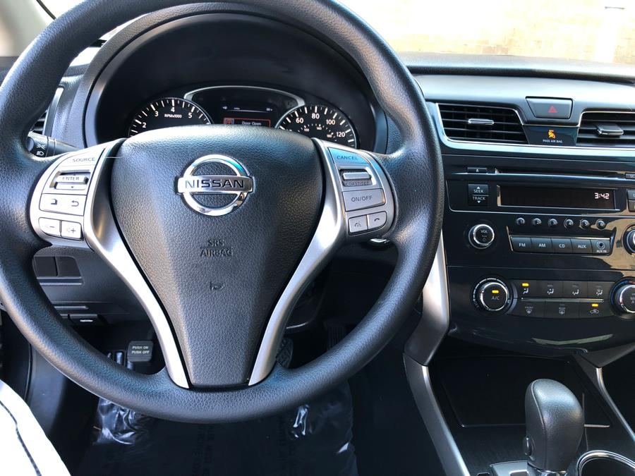 2013 Nissan Altima 4dr Sdn I4 2.5 S, available for sale in Lake Forest, California | Carvin OC Inc. Lake Forest, California