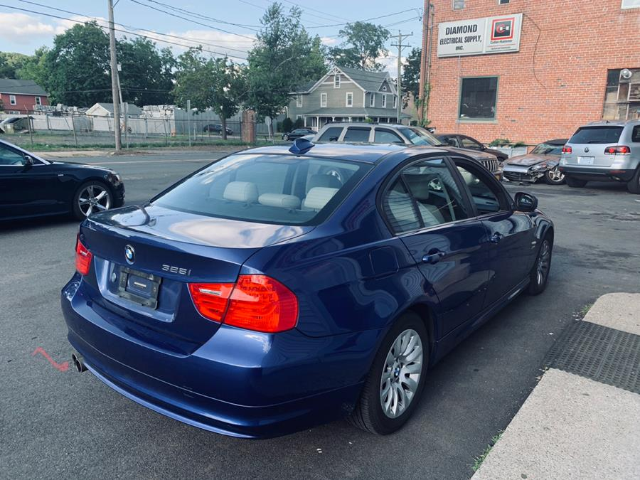 2009 BMW 3 Series 4dr Sdn 328i xDrive AWD SULEV, available for sale in Danbury, Connecticut | Car City of Danbury, LLC. Danbury, Connecticut