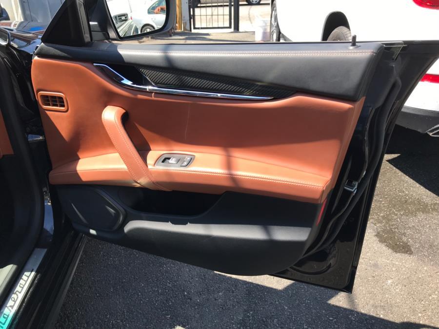 Used Maserati Quattroporte 4dr Sdn Quattroporte S Q4 2015 | Sunrise Autoland. Jamaica, New York