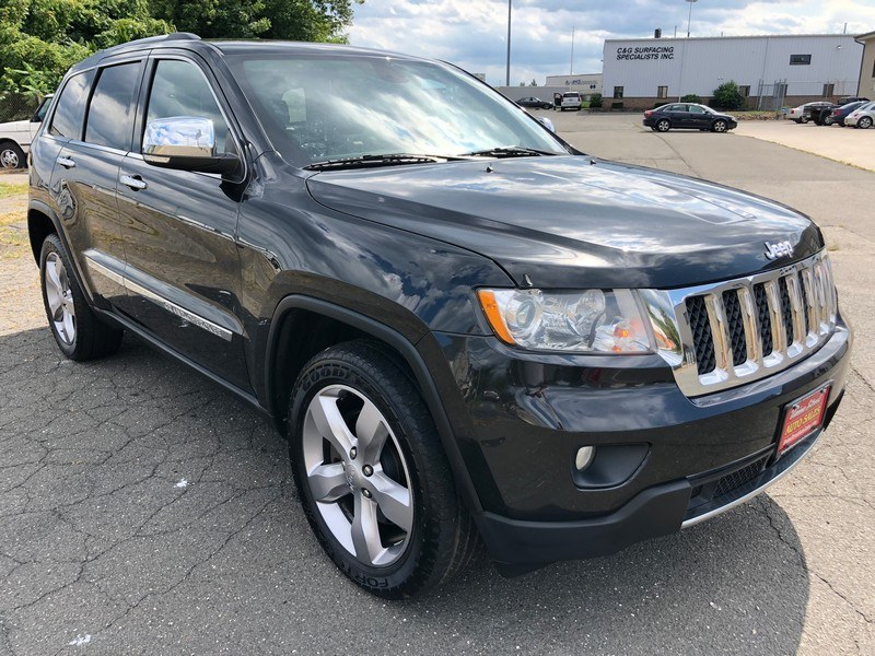 2013 Jeep Grand Cherokee 4WD 4dr Overland, available for sale in West Springfield, Massachusetts | Union Street Auto Sales. West Springfield, Massachusetts