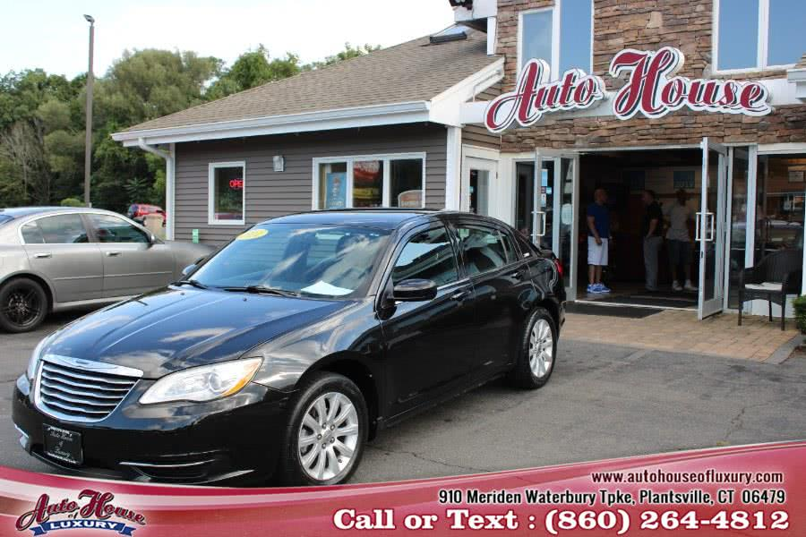 Used 2011 Chrysler 200 in Plantsville, Connecticut | Auto House of Luxury. Plantsville, Connecticut